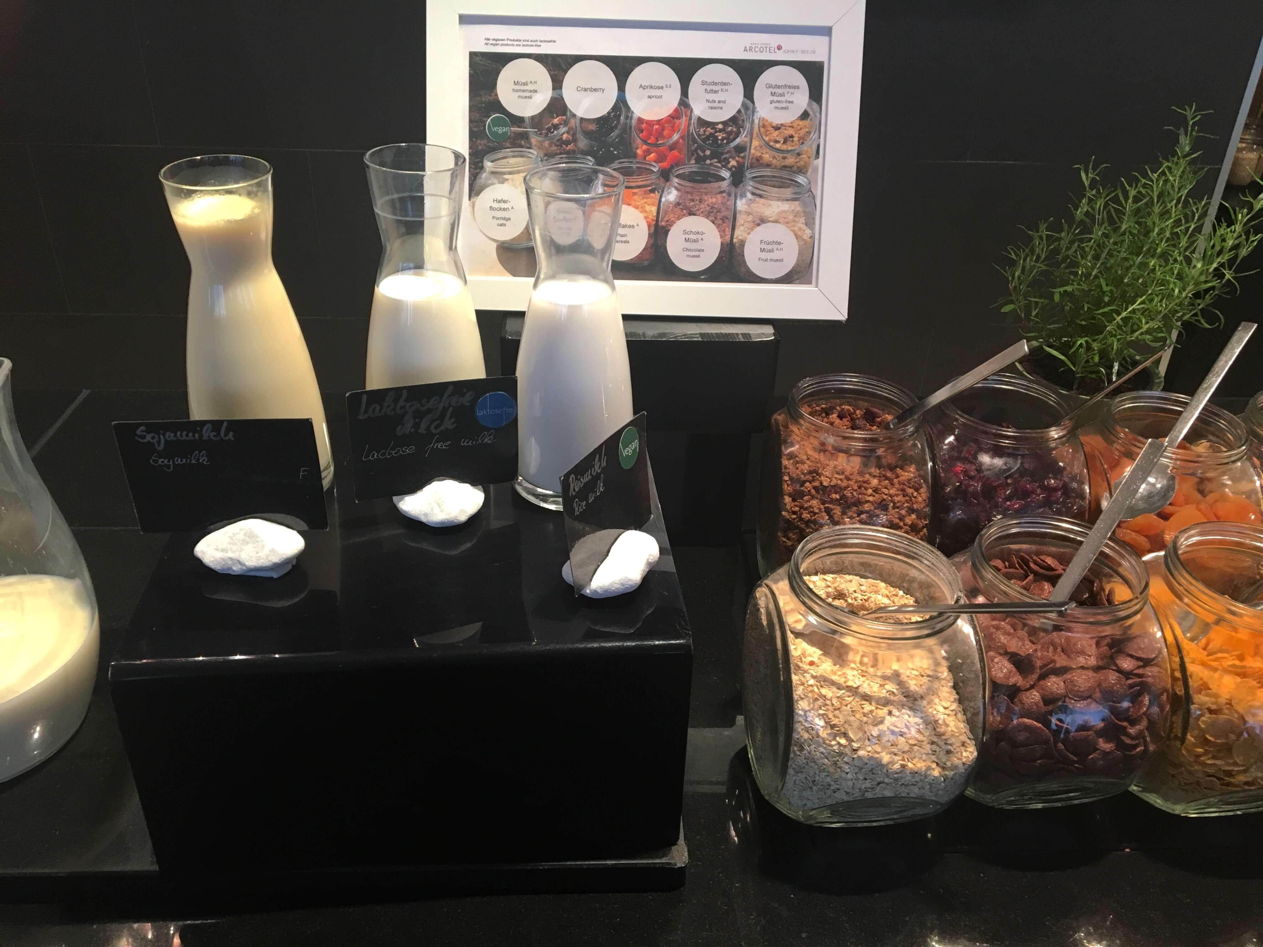 breakfast-fruehstueck-vegan-arcotel-berlin-blogger-fitness