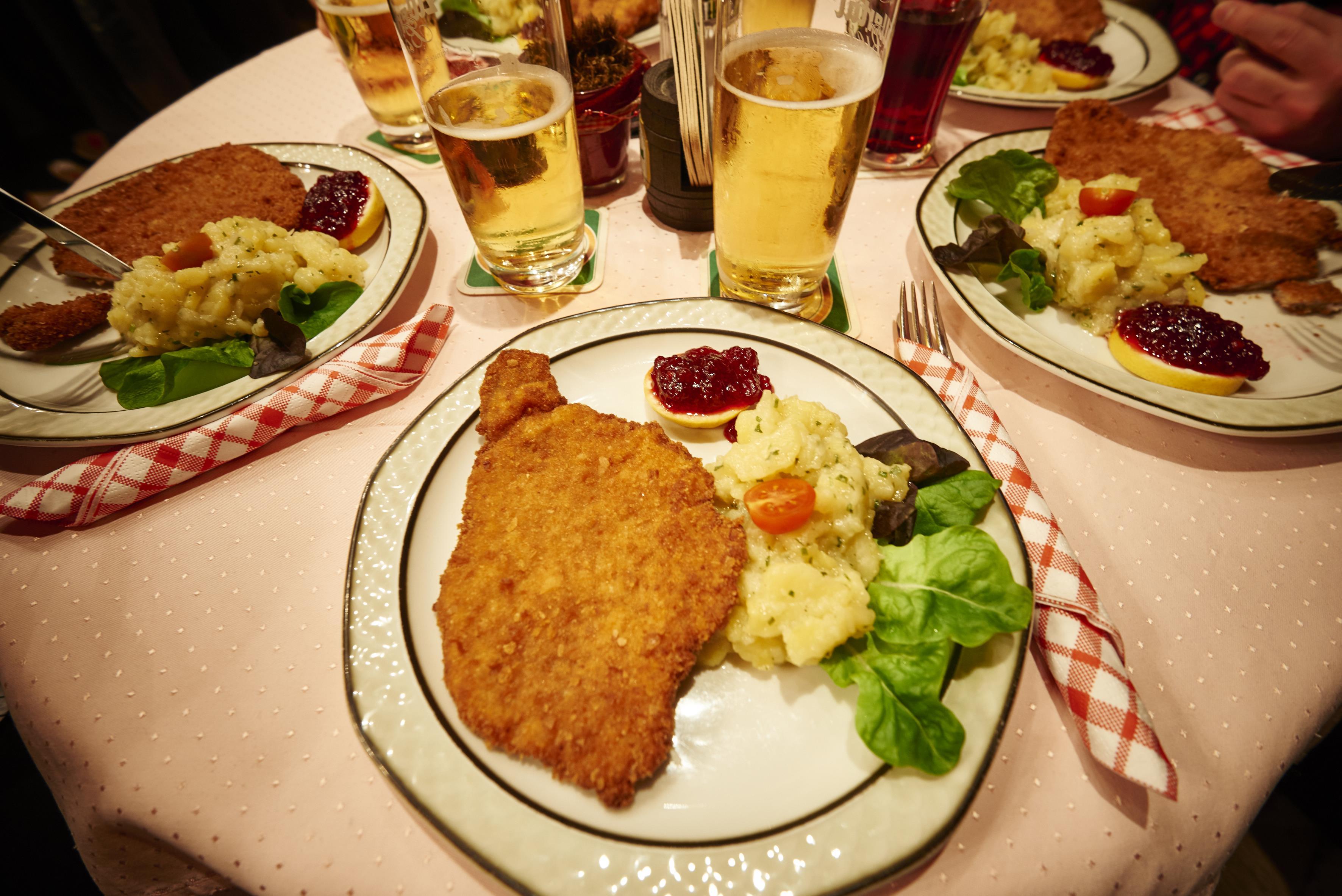 schnitzel-zillertal-huette